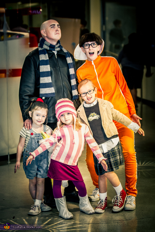 http://www.costume-works.com/despicable_me_family.html
