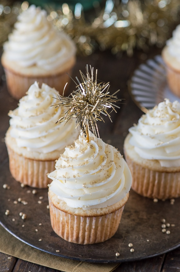 https://thefirstyearblog.com/easy-champagne-cupcakes/