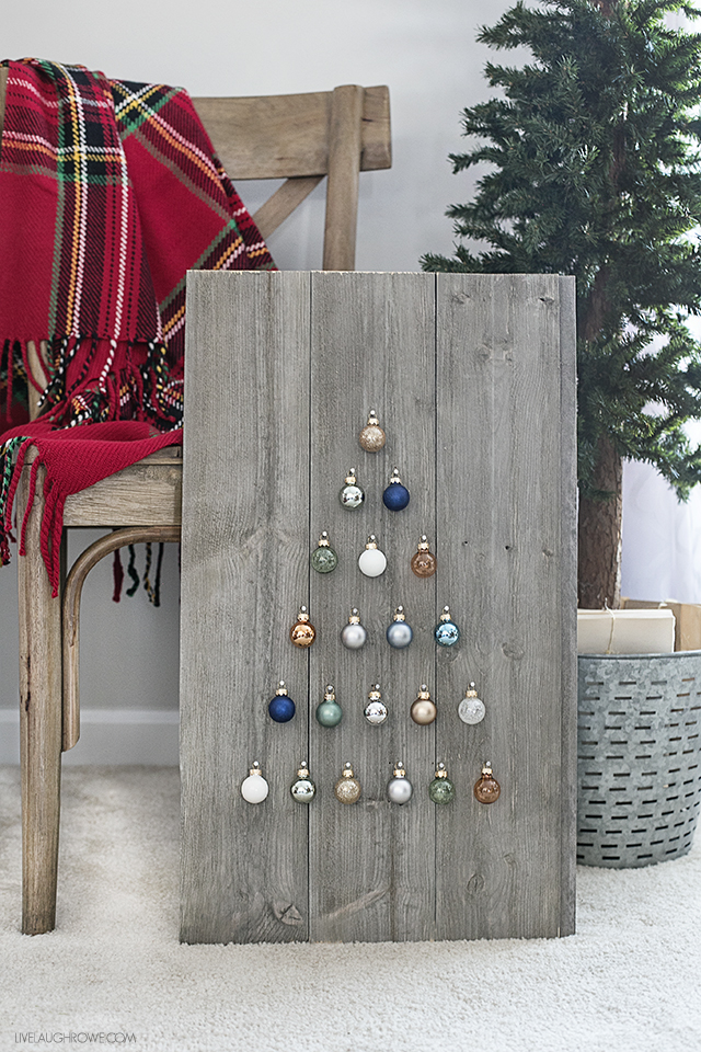 https://livelaughrowe.com/shiplap-ornament-display/