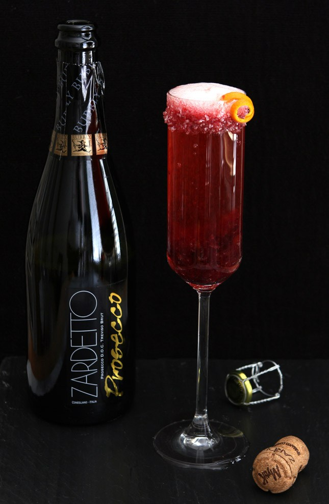 https://www.creative-culinary.com/cranberry-champagne-cocktail/