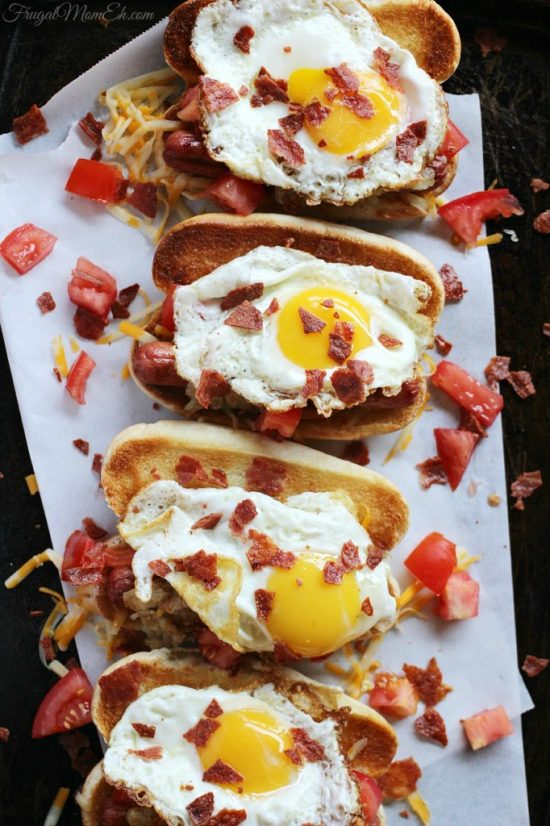 This hotdog is perfect for basically any time of day. Dinner, lunch, brunch and yes, breakfast too!