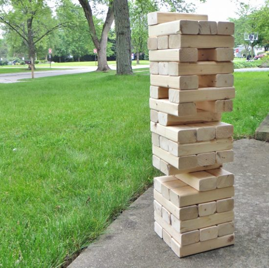If you have ever wanted to make a giant Jenga style yard game, this post is the one for you!  Eery backyard needs this game!